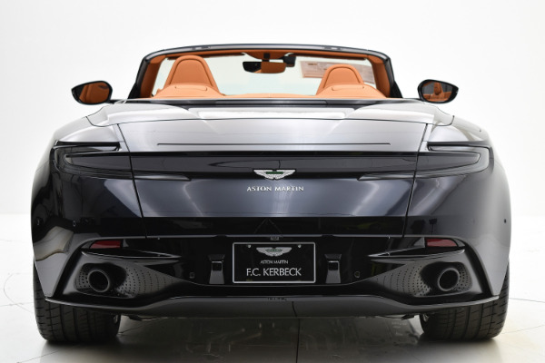 Aston Martin DB11 2019 For Sale $248828 Stock Number 19A128 10009_p5