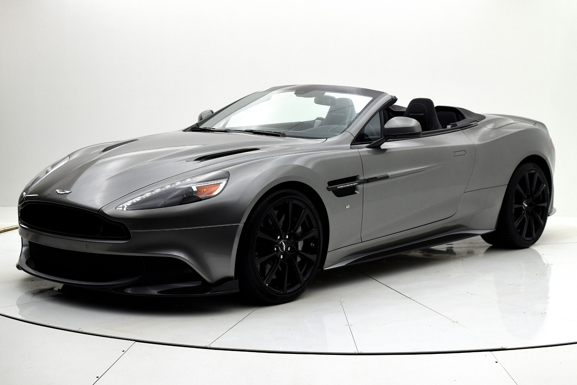 used 2018 aston martin vanquish s volante for sale 259 899 fc kerbeck aston martin stock. Black Bedroom Furniture Sets. Home Design Ideas