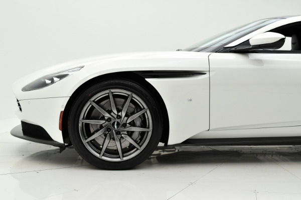 Aston Martin DB11 2018 For Sale $271342 Stock Number 18A111 6868_p28