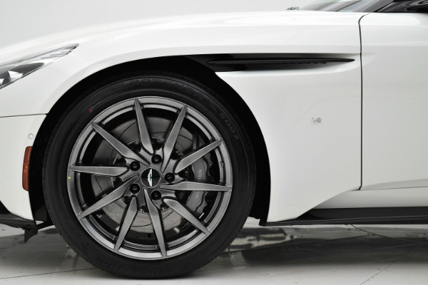 Aston Martin DB11 2018 For Sale $271342 Stock Number 18A111 6868_p29