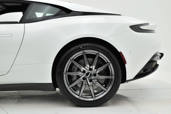 Aston Martin DB11 2018 For Sale $271342 Stock Number 18A111 6868_p30