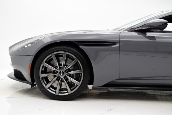 Aston Martin DB11 2018 For Sale $231534 Stock Number 18A117 7106_p28