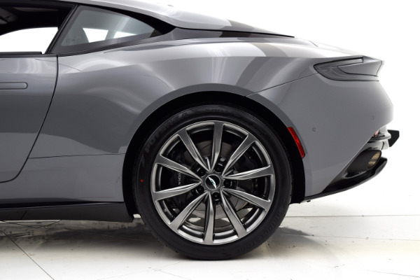 Aston Martin DB11 2018 For Sale $231534 Stock Number 18A117 7106_p30