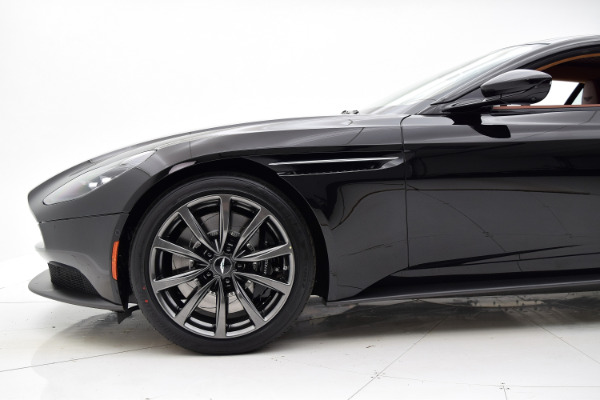 ASTON MARTIN DB 11 2019 For Sale $233017 Stock Number 19A100 8076_p31