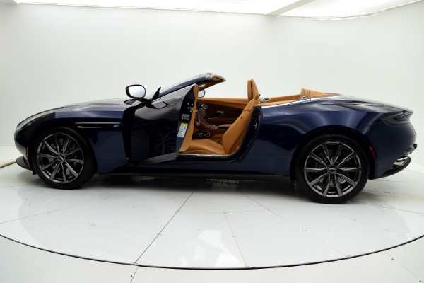 Aston Martin DB11 2019 For Sale $240874 Stock Number 19A119 9821_p17