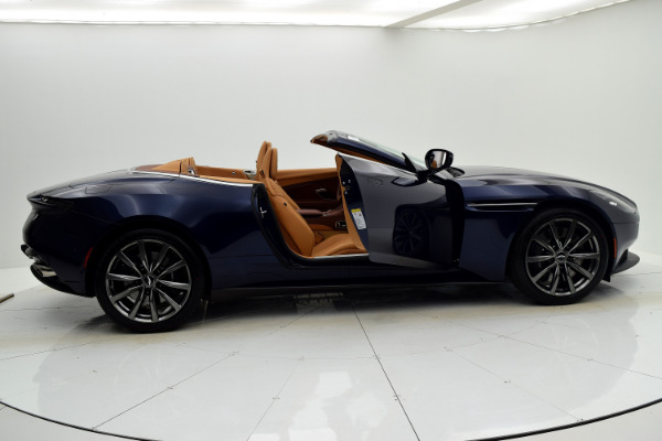 Aston Martin DB11 2019 For Sale $240874 Stock Number 19A119 9821_p28