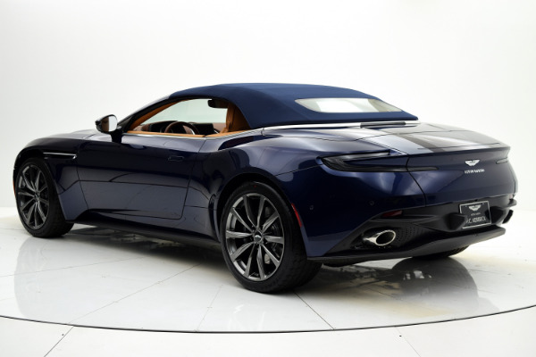 Aston Martin DB11 2019 For Sale $240874 Stock Number 19A119 9821_p40
