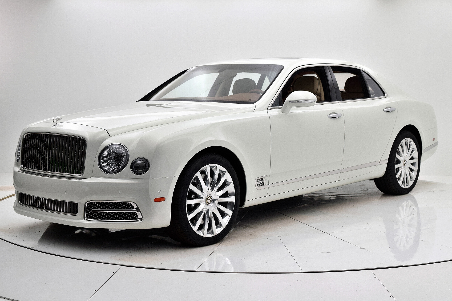 Used 2019 Bentley Mulsanne for sale $229,880 at F.C. Kerbeck Aston Martin in Palmyra NJ 08065 2