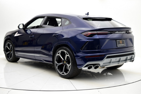 Used 2019 Lamborghini Urus BASE for sale Call for price at F.C. Kerbeck Aston Martin in Palmyra NJ 08065 4