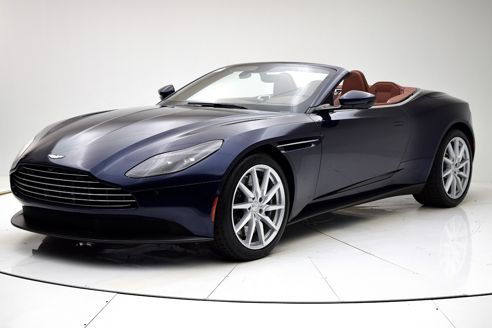 New 2020 Aston Martin DB11 V8 Volante for sale $242,036 at F.C. Kerbeck Aston Martin in Palmyra NJ 08065 2