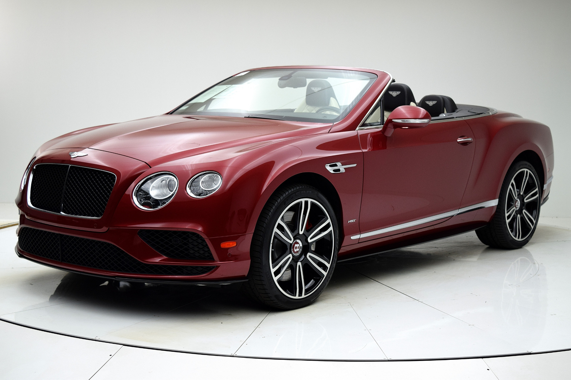 Used 2016 Bentley Continental GT V8 S Convertible for sale $142,880 at F.C. Kerbeck Aston Martin in Palmyra NJ 08065 2