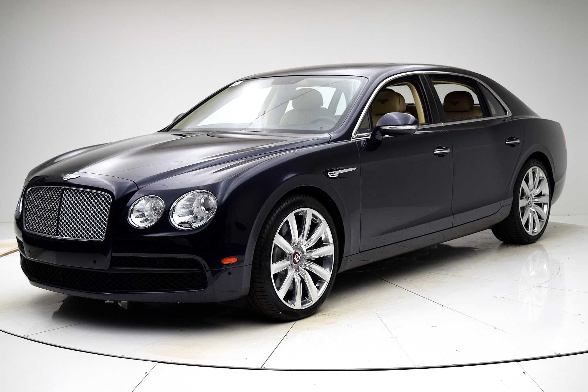 Used 2016 Bentley Flying Spur V8 for sale Sold at F.C. Kerbeck Aston Martin in Palmyra NJ 08065 2