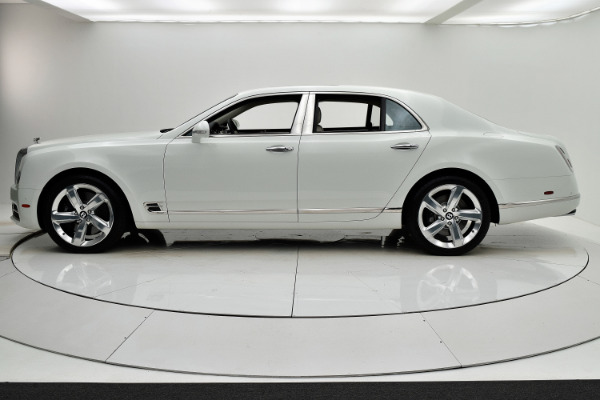Used 2017 Bentley Mulsanne Speed for sale $189,880 at F.C. Kerbeck Aston Martin in Palmyra NJ 08065 3