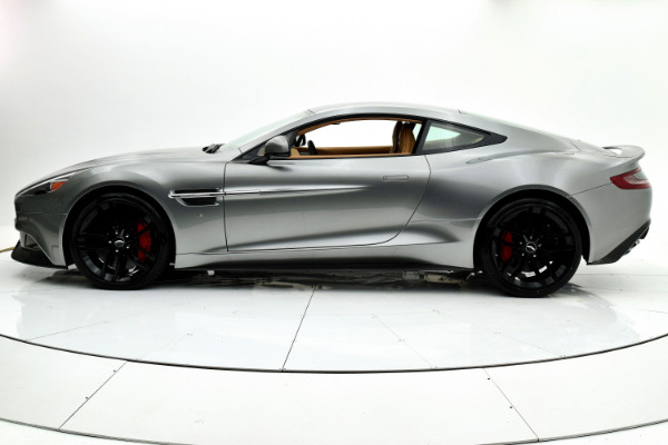 Used 2016 Aston Martin Vanquish Coupe for sale $149,880 at F.C. Kerbeck Aston Martin in Palmyra NJ 08065 3