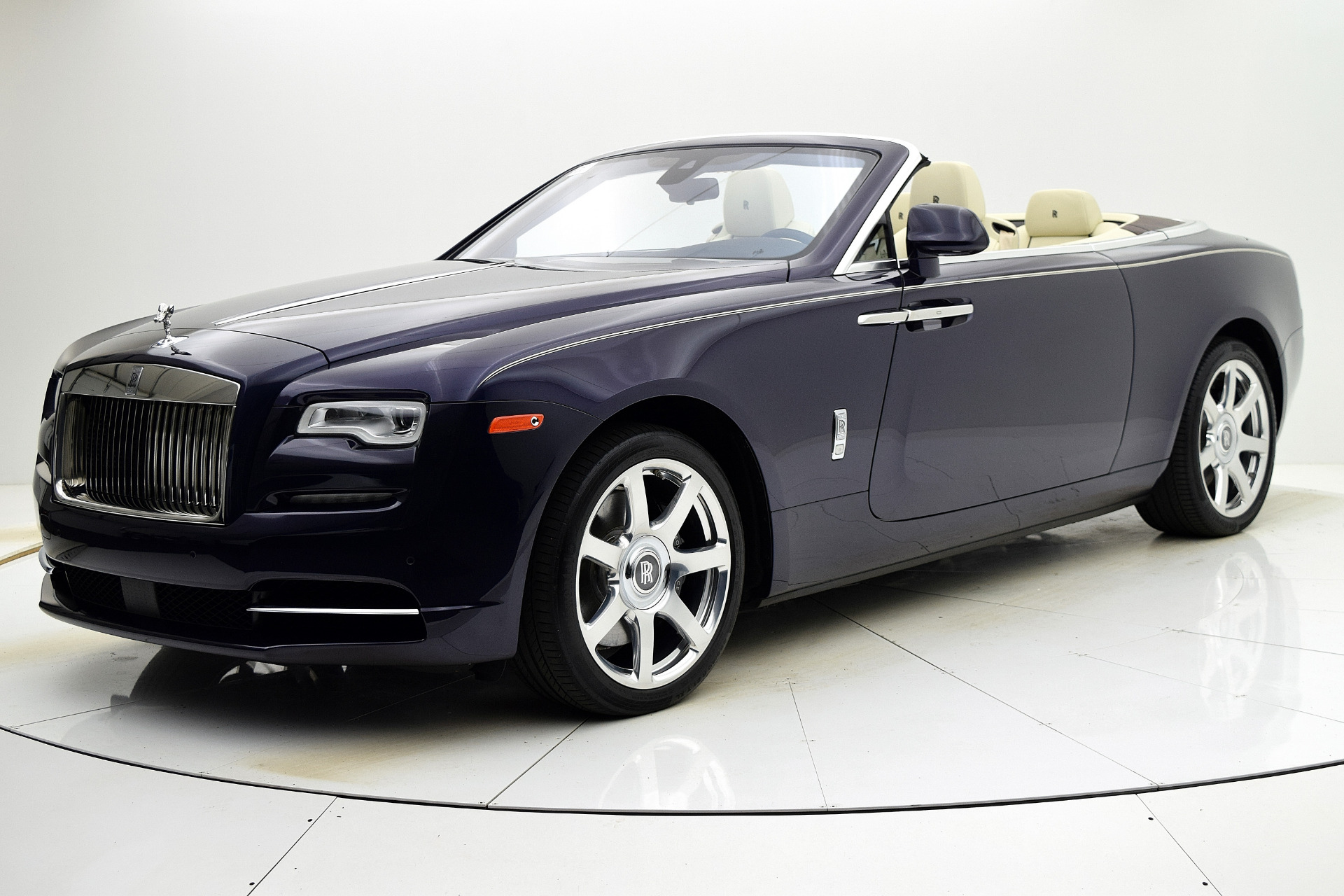 Used 2016 Rolls-Royce Dawn for sale $255,880 at F.C. Kerbeck Aston Martin in Palmyra NJ 08065 2