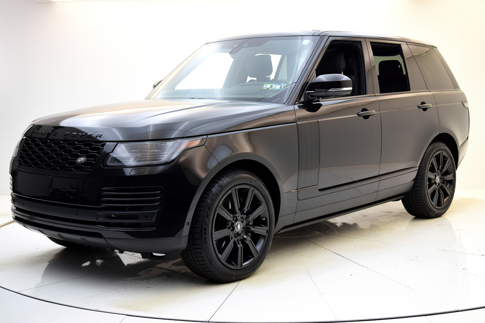 Used 2019 Land Rover Range Rover SC for sale $114,880 at F.C. Kerbeck Aston Martin in Palmyra NJ 08065 2