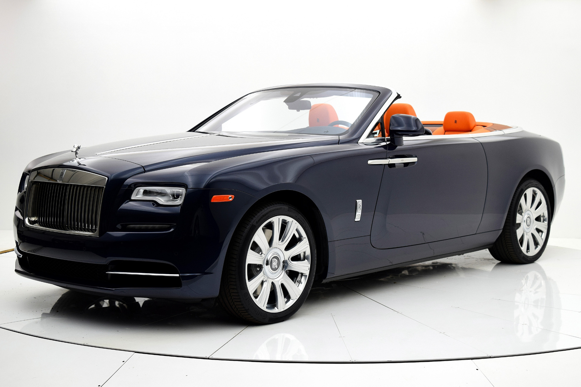 Used 2016 Rolls-Royce Dawn for sale Sold at F.C. Kerbeck Aston Martin in Palmyra NJ 08065 2