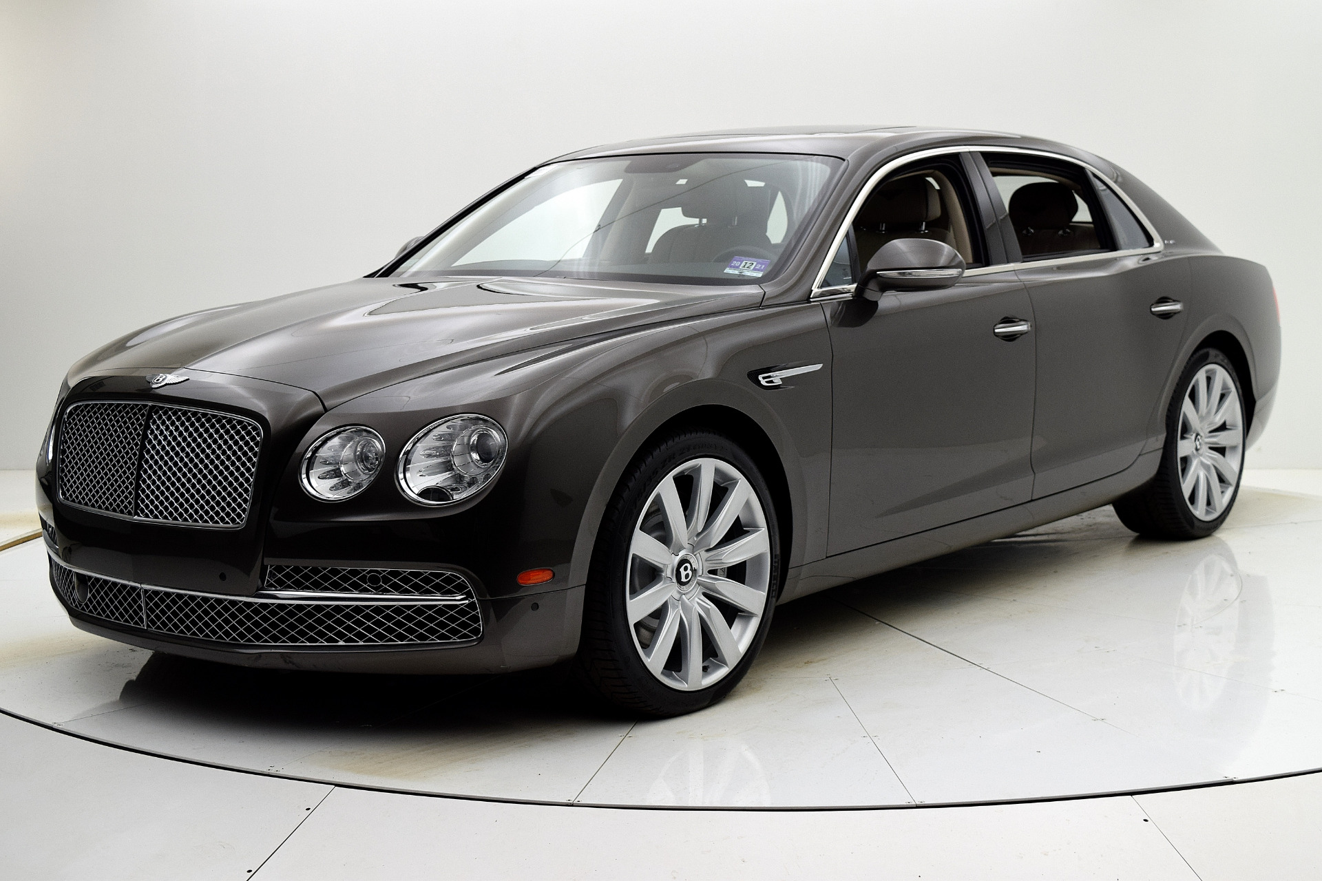 Used 2014 Bentley Flying Spur W12 for sale Sold at F.C. Kerbeck Aston Martin in Palmyra NJ 08065 2