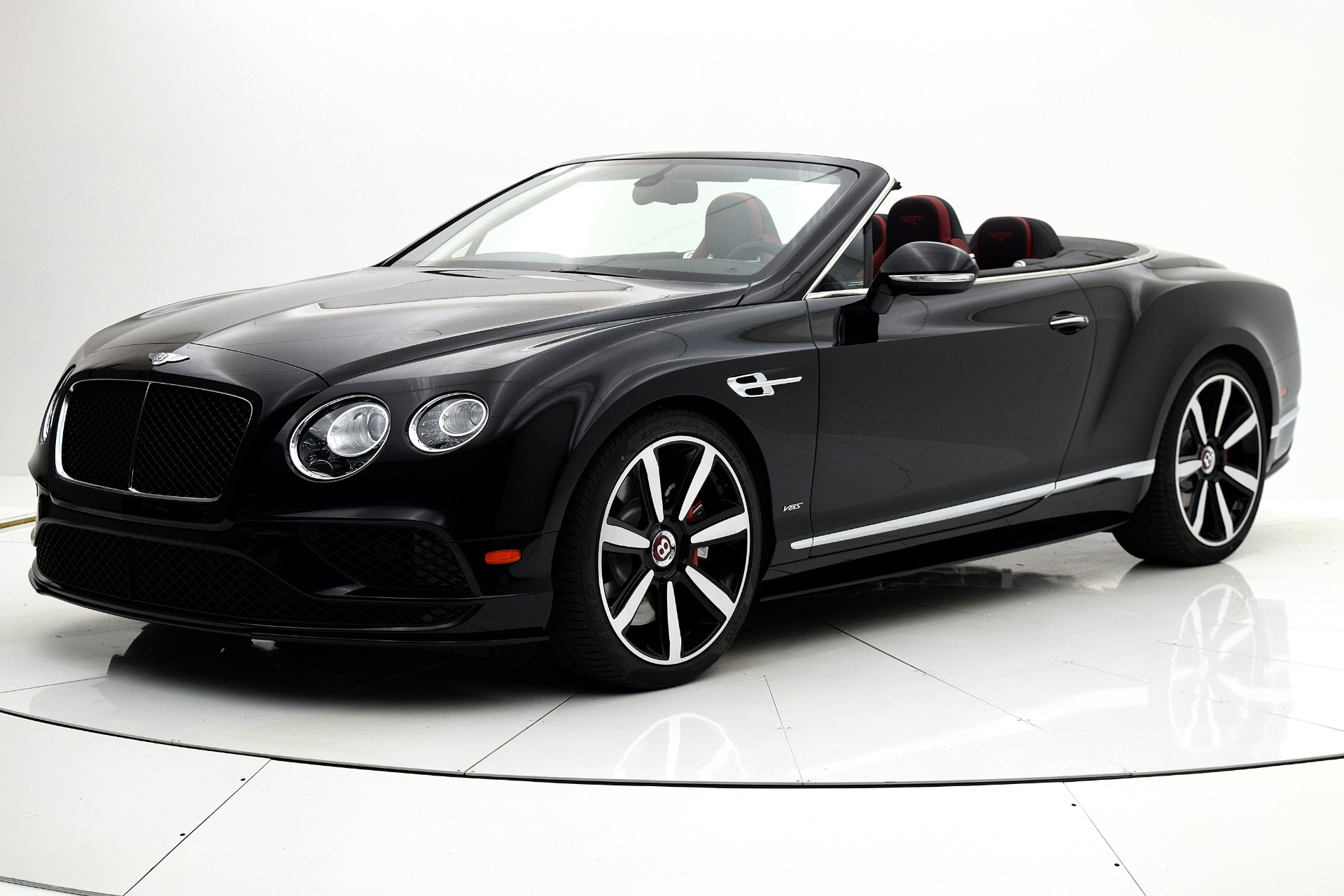 Used 2017 Bentley Continental GT V8 S Convertible for sale $169,880 at F.C. Kerbeck Aston Martin in Palmyra NJ 08065 2