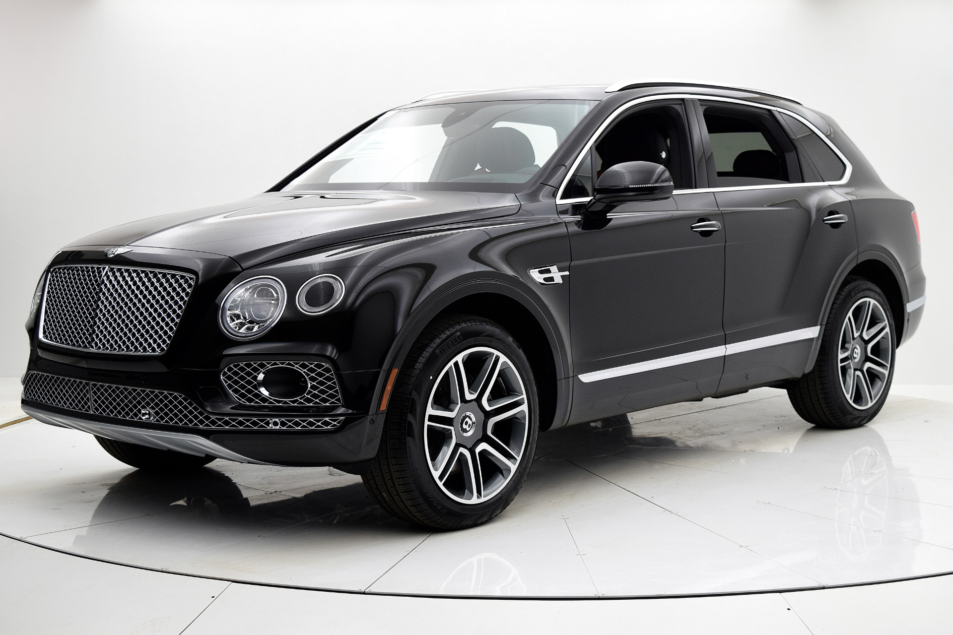 Used 2018 Bentley Bentayga Activity Edition for sale $159,880 at F.C. Kerbeck Aston Martin in Palmyra NJ 08065 2