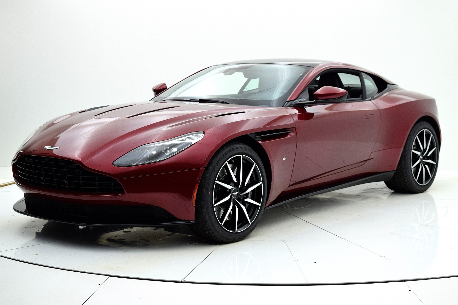 New 2018 Aston Martin DB11 V12 Coupe for sale $263,954 at F.C. Kerbeck Aston Martin in Palmyra NJ 08065 2