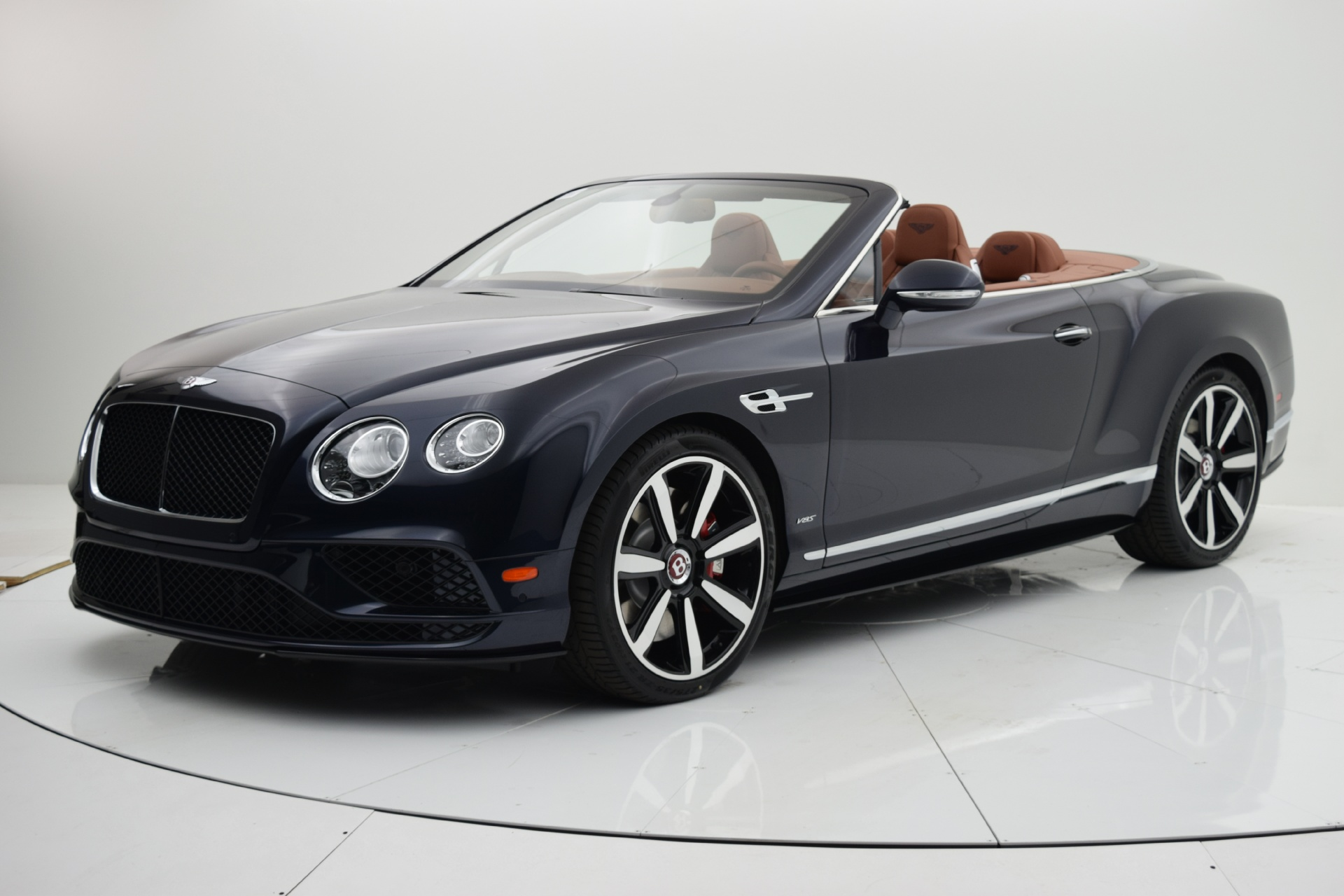 Used 2016 Bentley Continental GT V8 S Convertible for sale $152,880 at F.C. Kerbeck Aston Martin in Palmyra NJ 08065 2