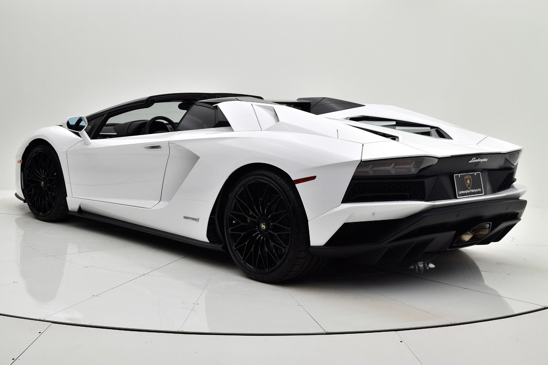New 2019 Lamborghini Aventador S Roadster For Sale 525 017 F C Kerbeck Aston Martin Stock 19l100