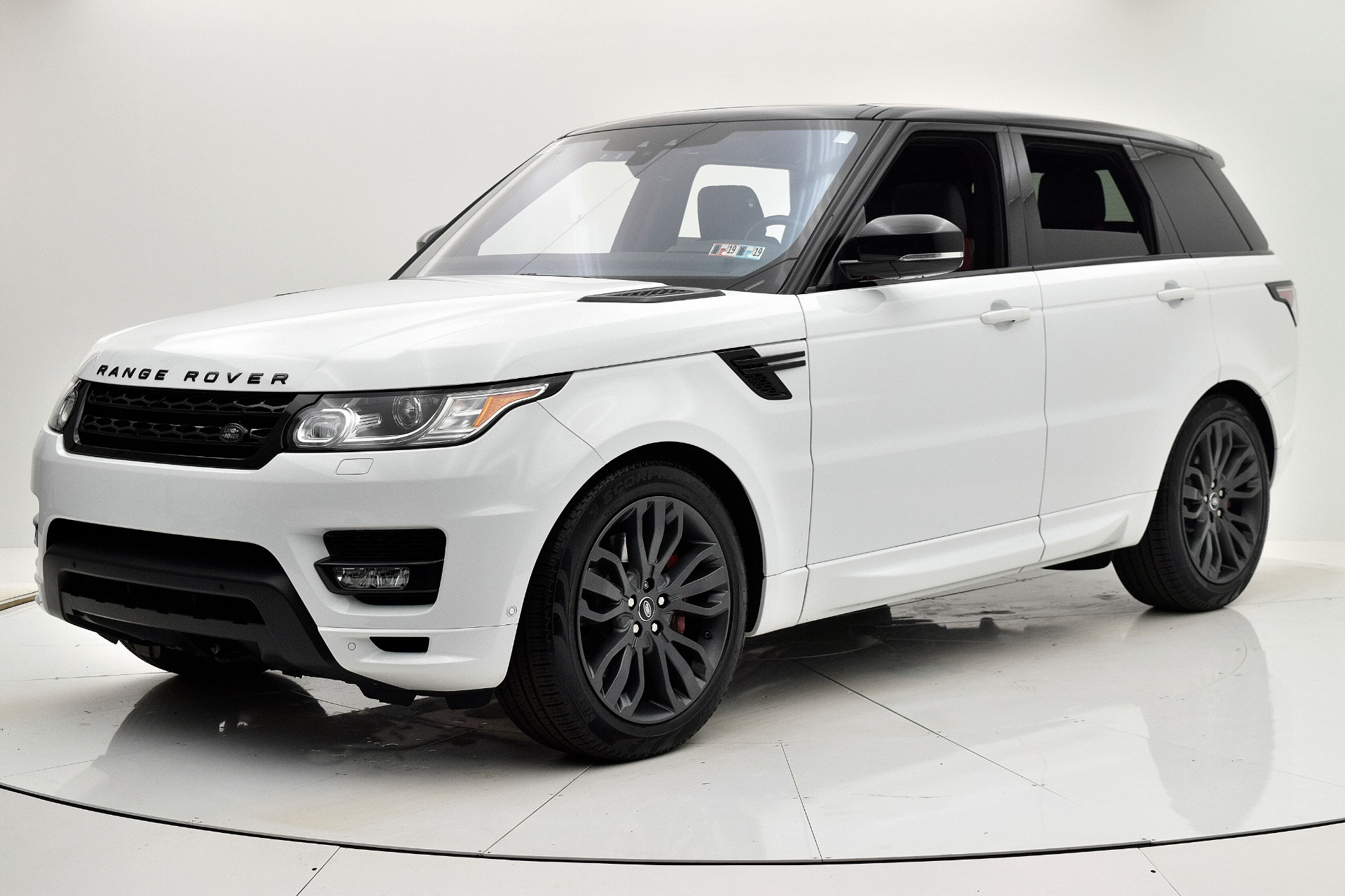 Used 2017 Land Rover Range Rover Sport HSE Dynamic for sale Sold at F.C. Kerbeck Aston Martin in Palmyra NJ 08065 2