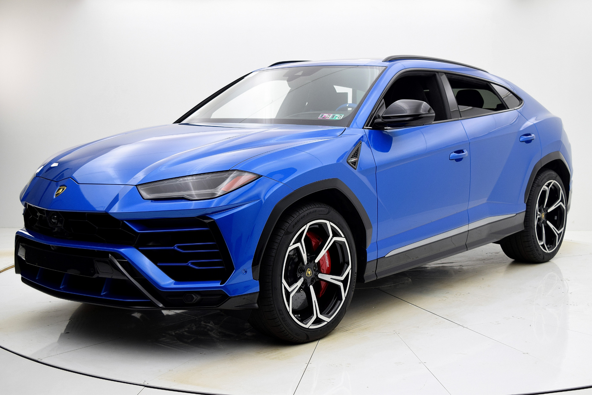 Used 2019 Lamborghini Urus for sale $224,880 at F.C. Kerbeck Aston Martin in Palmyra NJ 08065 2