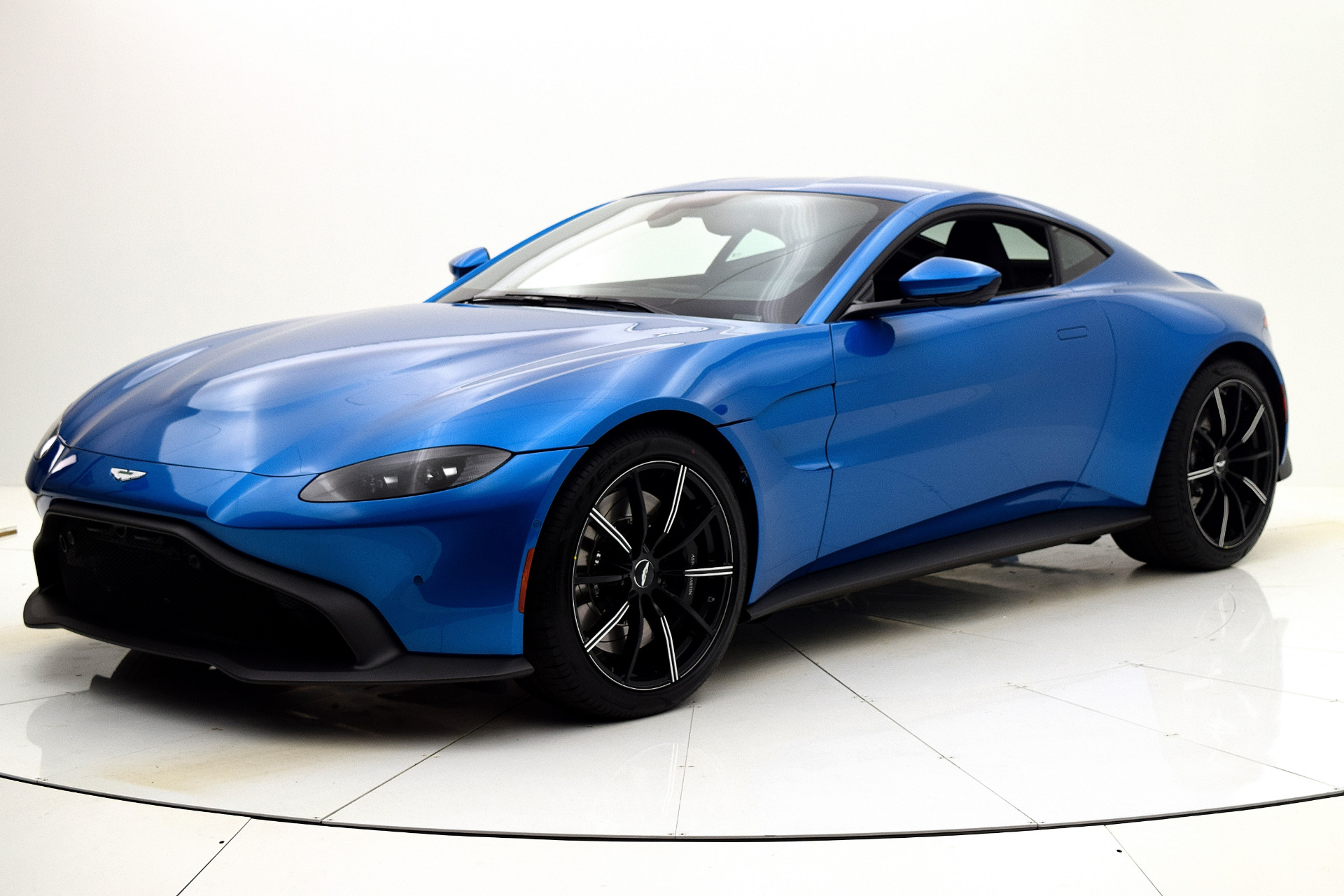 New 2019 Aston Martin Vantage for sale $168,349 at F.C. Kerbeck Aston Martin in Palmyra NJ 08065 2